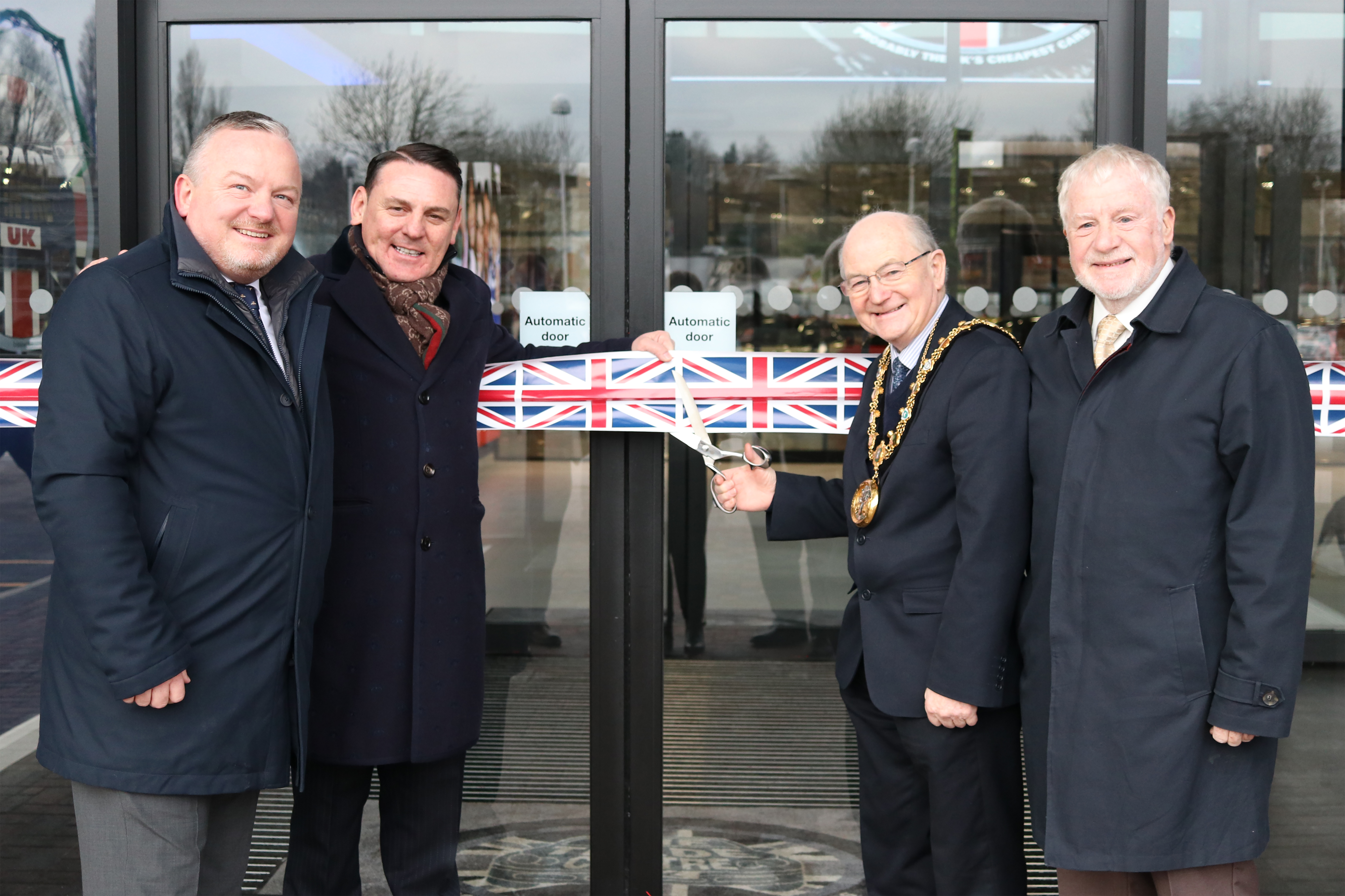 Rochdale Mayor Officially Opens The Trade Centre UK at Sandbrook Park image
